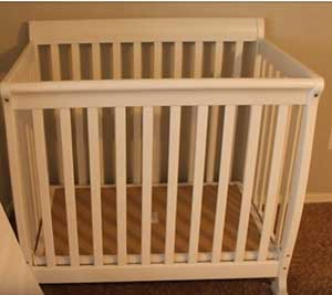 DaVinci Kalani Mini Crib Reviews 2020 : Best Choice For Small Space